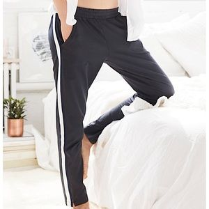 Aerie Stripe Tapered Warm Up Pants